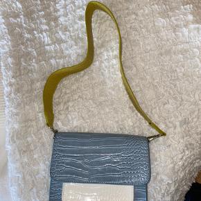 Limited Edition taske fra Hvisk, brugt meget få gange. Ingen brugstegn.
