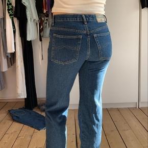 Medi jeans fra Roberto Jeans