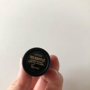Nilens Jord makeup