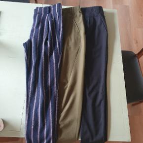 Sælger 3 par bukser samlet. Stribet er fra Tommy hilfiger Grønne fra by Marlene Birger  Sorte fra plus fine Alle meget velholdte