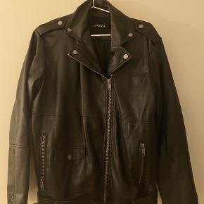 Monki Fur/Leather coat