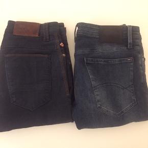 """""""Sælges for min bror""""  Tommy Hilfiger jeans str. 31/32 Skinny fit -200kr Blue de genes str. 28/32 - 200kr  """"Køber betaler selv fragt"""""""