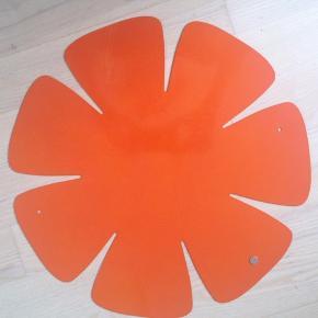 Magnettavle  Måler 38,5 cm i diameter