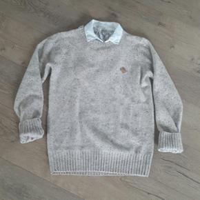 Super lækker strik sweater Str. S/M  Beige   Brugt et par gange, fremstår nærmest som ny😊  Køber betaler porto.