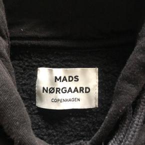 Mads Nørgaard vest