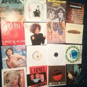16 singler. Blandet. Spørg efter titler. Boston m Amanda, Temaet til Deerhunter, Roberta Flack m Killing Me Softly With His song, Afrika-sangen. Etc...