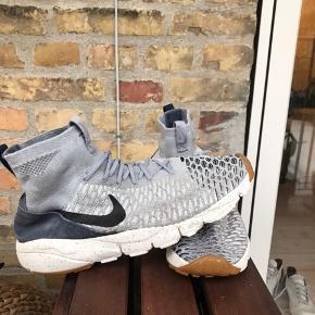Nike air footscape magista sneaker. Brugt mindre end 10 gange.