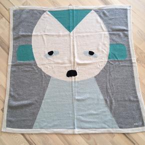 LuckyBoySunday -det skønneste bløde tæppe i ren alpaca uld i flotte farver🌟 Måler 110 x 110 cm.   Nypris 1500,-  Kan afhentes i Fredensborg eller sendes med dao for 38kr