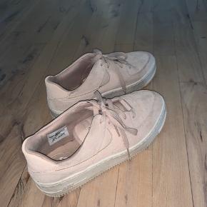 Rigtig fine Nike Sage sneakers i rosa