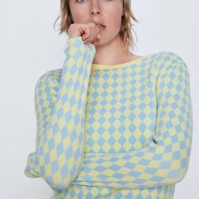 """Zara """"diamond pattern sweater"""" sælges da jeg ikke får den brug."""