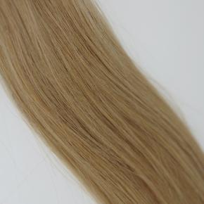 Lækker hot fusion extension, som er 100%ægte hår. Håret er double drawn, så det er lækkert tykt fra top til bund.  Håret er 40cm langt.  Prisen er pr. 50g.  Farvekode #27