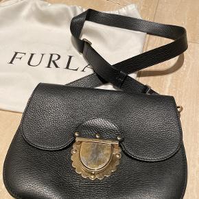 Furla anden accessory