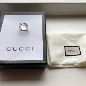 Gucci ring Str 7 Fejler intet