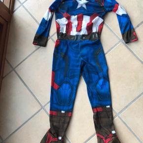 Captain America kostume (uden maske) str. 3-4 år. Afh. Vester Nebel