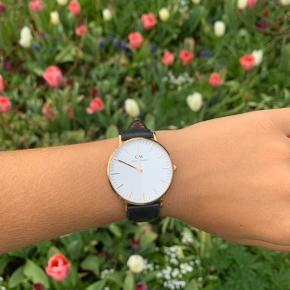 DW ur i Rose Gold🌸 kommer med original indpakning.