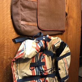 Wood Wood taske - stor rygsæk med flere lommer - 350,- Taske - ukendt mærke - 100,-  Tjek mine andre opslag. Ved køb af flere ting kan vi finde en god pris.  Skriv endelig for spørgsmål eller bud.