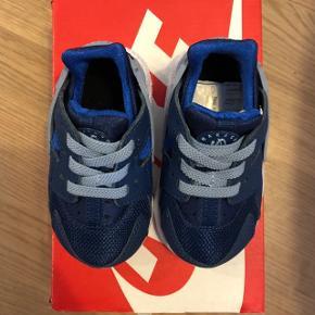 Nike Huarache run TDV - str. 19.5 aldrig brugt. Nypris 450 kr