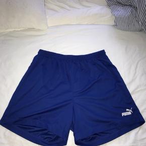 Blå Puma shorts str. XXL (XL), perfekt til sport
