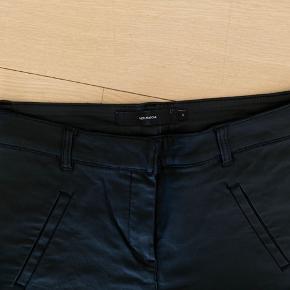Sorte imiterede læder bukser fra only i str s