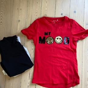 Rød nameit tshirt med palietter, grå nameit tshirt med palietter (str10-12) plus 2 langærmede h&m organic t-shirts (sort og hvid str 8-10 - næsten som nye)
