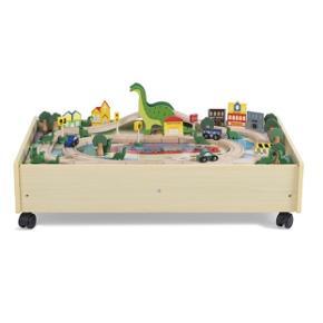 Næsten ubrugt dinosaur legetøjsbord fra plum. Nypris 899kr. Mål: B: 50 x H: 20,5 x D: 100 cm