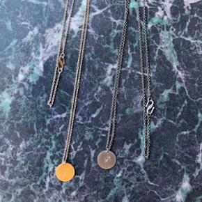 (halskæden i guld er solgt, har halskæden i sølv tilbage)  Søde Halskæder fra Moss Copenhagen med stjernetegn (Skytten). 40 kr pr stk