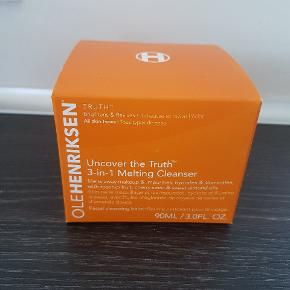 Ole Henriksen   Uncover the truth 3 in 1 melting cleanser 90ml   Ny