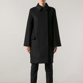 Acne jakke i 36Prisen er ikke fast. Kom med et bud. :-)   —  Kan både sende og kan afhentes på Nørrebro  Str. 36