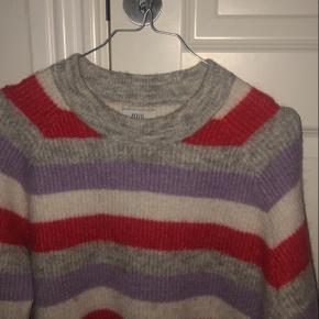 Envii sweater sælges Mp 200