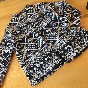 Envii sort/hvis mønsteret blazer/jakke i str. m