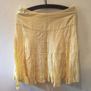 Lav din egen tøjpakke, 10 dele for 100kr, ellers er det nuværende pris der gælder