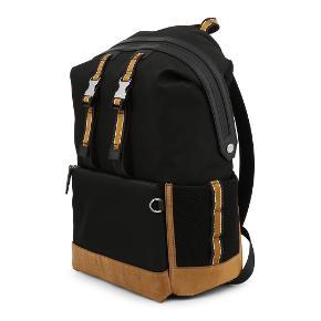 Helt ny rygsæk fra Fendi. Der medfølger kvittering på købet. Det er købt til firma.