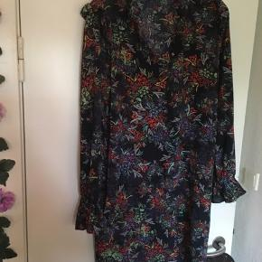 Rigtig sød kjole fra HM har aldrig brugt den