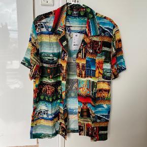 HUF skjorte