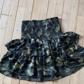 Flotte neo Noir nederdele: fejler ik noget, str s, evt BYD på prisen