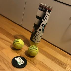 4 stk Babolat tennisbolde. Byd   Byd byd byd!