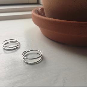 Ring ✨  - enkel - - håndlavet - - onesize -  Materiale: 935 sølv Størrelsen tilpasses nemt  Se også mine andre annoncer med håndlavede smykker ✨