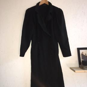 Vintage 80s uld frakke/kjole :-)