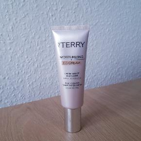 By Terry makeup
