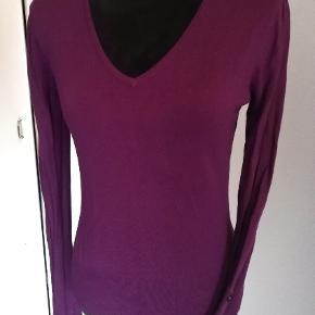 Smuk tynd sweater fra Ysatis, brugt 1 gang. Sender gerne 🚀📬😍