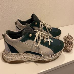 COSTER COPENHAGEN sneakers