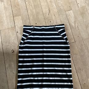 Modström nederdel