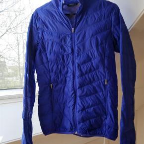 Varetype: Smart jakke Farve: Se billeder Prisen angivet er inklusiv forsendelse.