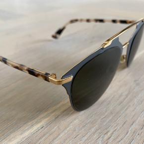 Sælger disse skønne solbriller fra Christian Dior. Brilleetui og certifikat medfølger.