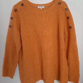 Zhenzi sweater