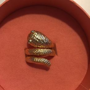 Ring snake fra Joseph Cph fået i Julegave men købt i forkert str Str 52 Givet 528kr incl forsendelse