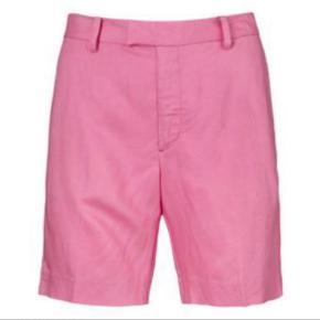 In Wear shorts