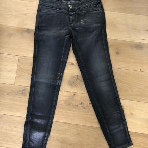 Only worn few times  Dark grey color with silver coating  Size 26, runs small Made in Italy
