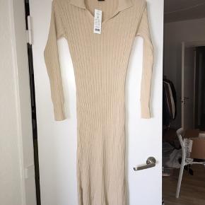Rigtig lækker kjole fra Gina Tricot