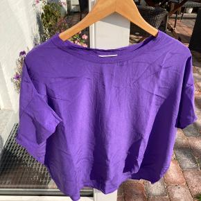 To lette silkebukser fra second female Lilla str s/ 36 Khaki str m/ 38 70 kr pr stk/ sælges samlet for 120,-